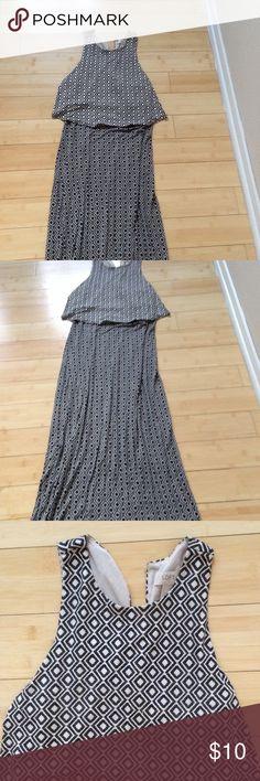 Loft diamond maxi Flattering maxi dress LOFT Dresses Maxi