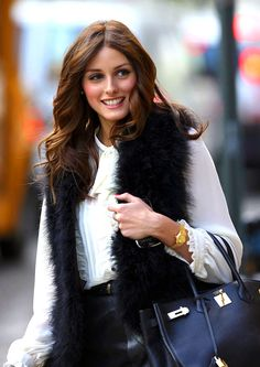 Olivia Palermo wearing a ladies-size Rolex Oyster Perpetual in solid yellow gold via rolexmagazine.com    #rolex #oliviapalermo #ladiessize #ladieswatches #vintagewatches #classicwatches #yellowgold #goldwatch #wriststyle #wristwear #vintagerolex #stawc