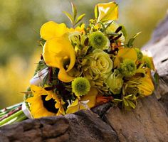 Yellow mixer of county style wedding bouquet