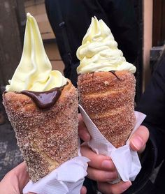 Donut icecream cones.... ever since I first saw this picture I am desperate for one.... or two!