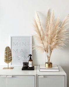 Neutral Home Decor pampas grass, scandinavian, minimal decor, interior, clean in Minimal Home, Minimal Decor, Décor Minimal, Home Interior, Interior Decorating, Interior Design, Home Design, Apartments Decorating, Decorating Bedrooms