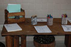 Mesa de atividades Activity Tables, Safari Party, Activities, Creativity