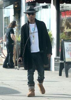 Hat shirt cardigan boots fashion men tumblr Style streetstyle pharrel williams