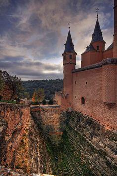 Alcázar de Segovia, Castile and León   #Spain (by GustavoCba)