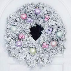 DIY pastel Christmas wreath