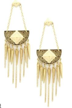 Larger than life: statement earrings MUST BUY!