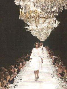 ZsaZsa Bellagio: Champagne Sparkles on Fluffy White Clouds