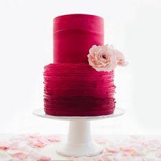 One week from today will be Valentine's day... ❤️ #cakedecorating #cakes #virginiabeachwedding #cake #sugarart #cakedesign #cakesofinstagram #hamptonroads