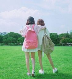 girl, fashion, and korean resmi Korean Couple, Korean Girl, Asian Girl, Bff Goals, Best Friend Goals, Korean Best Friends, Girl Couple, Uzzlang Girl, Ulzzang Couple