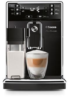 Saeco PicoBaristo HD8925/01  Saeco PicoBaristo HD8925/01: Premium compacte koffiemachine met melkbeker De Saeco PicoBaristo HD8925/01 haal jij een premium compacte koffiemachine in huis die jou keer op keer verwent met variatie.Met een druk op de knop kun je kiezen uit maar liefst elf koffiebereidingen! De geïntegreerde melkbeker schuimt de melk op tot zijdezachte pieken om ook de heerlijkste cappuccino te maken.Daarnaast is de HD8925/01 compatibel met de AquaClean-filter waardoor jij 5000…