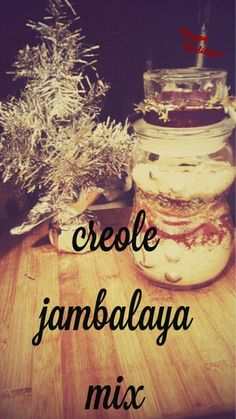 Gifts from the Kitchen: Make the perfect gift for your favorite spicy foodie with this authentic Creole Jambalaya Mix ~ Nik Snacks Teacher Christmas Gifts, All Things Christmas, Jar Gifts, Food Gifts, Mason Jar Meals, Create A Recipe, Jambalaya, What To Make, Appetisers