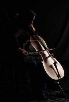 ♫♪ Music ♪♫ A cello player