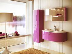 Мебель для ванной с глянцевой поверхностью  «Глянец» - отблеск, создаваемый гладкой поверхностью. Преимущества такой мебели очевидны, блестящие поверхности визуально расширяют пространство помещений, создают ощущение легкости, добавляют радостные нотки в нашу жизнь. #сантехника ☝Каталог: http://santehnika-tut.ru/mebel-dlya-vannoj/s-glyancevoj-poverhnostyu/  ❤ А Вам нравится глянцевая мебель в ванной?