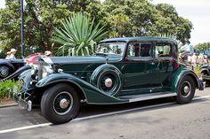 1933-34 Packard Victoria