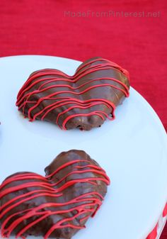 These Heart Shaped Chocolate Strawberries are perfect for sharing with the people you love because you can each have one half of the heart.