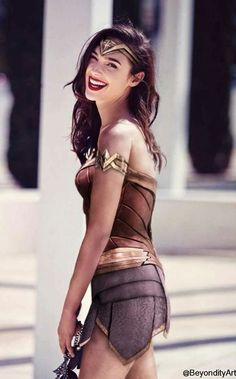Gal Gadot as Wonder Woman Wonder Woman Kunst, Wonder Woman Art, Gal Gadot Wonder Woman, Wonder Women, Wonder Woman Movie, Wonder Woman Pictures, Hollywood Actresses, Actors & Actresses, Gal Gardot