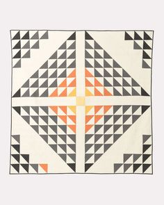 Curl up with Pendleton quilts that will make your bedroom beautiful. Shop Southwestern quilts, patchwork quilts and more. Modern Quilt Patterns, Quilt Patterns Free, Patchwork Quilt Patterns, Quilt Modern, Modern Quilting, Scrappy Quilts, Quilting Fabric, Loom Patterns, Hand Quilting