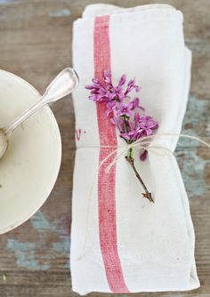 place setting || french napkin floral sprig simple country rustic