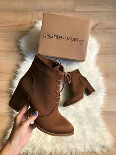 Suede ankle boots latest trend - Suede ankle boots latest trend – Just Trendy Girls Best Picture For outfits casuales For Your T - Suede Ankle Boots, Leather Shoes, Heeled Boots, Bootie Boots, Fresh Shoes, Cute Boots, Kinds Of Shoes, Pretty Shoes, Winter Shoes