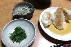 今日の晩ご飯  しらすのアヒージョ ヨモギのお浸し 餃子  2017.4.22