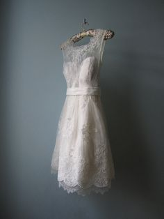 Tea length lace wedding dress - normally i'm not into wedding dresses but this is adorable. I can wear to work, no?