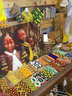 Etnia kayapo Brasil Pattern Images, Pattern Art, Brazil Culture, Amazon People, Brazil Art, Amazon Tribe, Rainforest Animals, Tribal Warrior, Neue Outfits