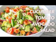Recipes Avocado : Salads: Cucumber Tomato Avocado Salad Recipe - Natasha's Kitchen - Recipes Avocado Video Recipes Avocado This Cucumber Tomato Avocado Salad recipe is a keeper! Easy, Excellent Salad with a light, flavorful lemon dressing Vegetarian Recipes, Cooking Recipes, Healthy Recipes, Kitchen Recipes, Avocado Salad Recipes, Cucumber Salad, Avocado Dessert, Tomato Salad, Summer Salads