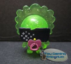 Lady Goo Goo #102 ULTRA RARE [ Cosmic Green Sparkly ] Moshi Monsters Moshlings Series 2 Toy Figure