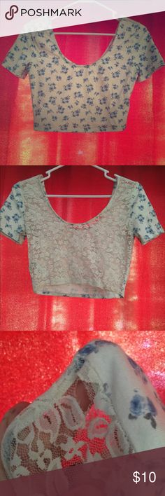 5f0807abe1698 Blue floral white lace back crop top Brand tag seems to be missing. Care tag
