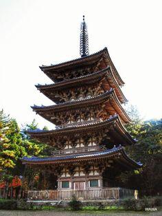 天暦5年(951年)建立の醍醐寺五重塔(国宝)