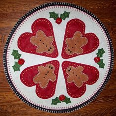 Items similar to Christmas Gingerbread Man Penny Rug , Candle Mat , Tree Skirt on Etsy Christmas Sewing, Felt Christmas, Christmas Projects, Gingerbread Ornaments, Felt Ornaments, Christmas Gingerbread, Felted Wool Crafts, Felt Crafts, Wool Felting