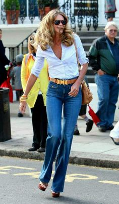 Elle McPherson - love this outfit