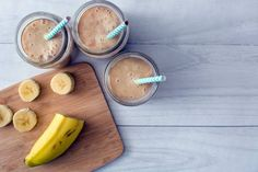 Home from vacation and trying to get back in the groove of life at home! Simple banana smoothies for breakfast. My minis love them! Blend 1 frozen banana 1 cup of non dairy milk or coconut water tbsp organic peanut butter. Cheese Ingredients, Smoothie Ingredients, Yogurt Smoothies, Yummy Smoothies, Banana Smoothies, Milk Shakes, Hangover Food, Peach Jelly, Greek Yogurt