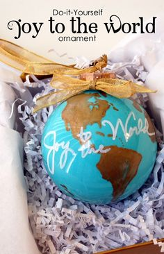 DIY Ornament by @amousser | Joy To The World Ornament