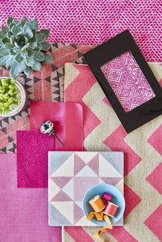 Make the most of your home with decorating inspiration, tips and advice from House Beautiful. Get The Look, Beautiful Homes, Jet, Gift Wrapping, Interiors, Inspired, Creative, Modern, Prints