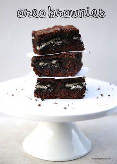 Chocolate fudge caramel brownies I Heart Nap Time   I Heart Nap Time - Easy recipes, DIY crafts, Homemaking