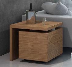 Mueble Bar Moderno Giro Material: Madera de Roble Existe la posibilidad de realizar el mueble en diferente color de acabado, ver imagenes de galeria... Desde Eur:721 / $958.93