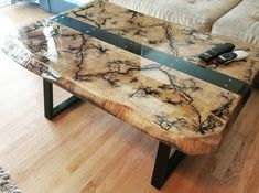 Crystal Clear Bar Table Top Epoxy Resin Coating For Wood Tabletop - Wood projects - Wood Resin Table, Epoxy Resin Table, Woodworking Epoxy Resin, Tabletop, Wood Table Design, Resin Furniture, Tree Furniture, Furniture Redo, Handmade Furniture