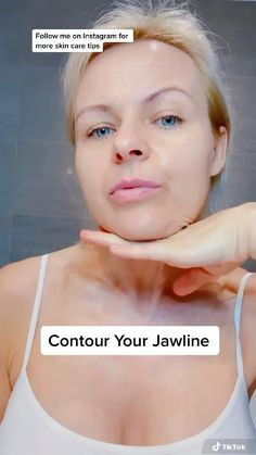 Face Yoga Exercises, Facial Yoga, Skin Care Routine Steps, Face Wrinkles, Face Massage, Massage Techniques, Face Skin Care, Facial Care, Tips Belleza