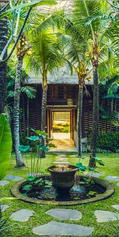 Reddoor Villas Bali, Indonesia.  Beyond Villas Bali has a selection of beautiful villas, all over Bali, to suit every style & Budget. www.beyondvillas.com
