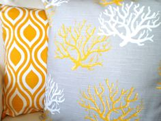 Decorative Throw Pillows Cushion Covers от fabricjunkie1640, $34.00