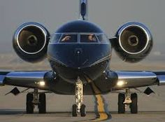 Blacked out Private Jet. Jets Privés De Luxe, Luxury Jets, Luxury Private Jets, Private Plane, Dassault Falcon 7x, Jet Privé, Civil Aviation, Jet Plane, Fighter Jets
