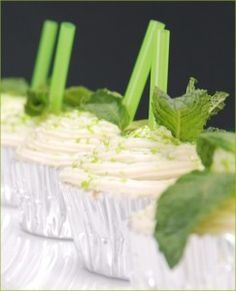Mint Julep cupcakes - I am definitely making these for the Night at the Races!