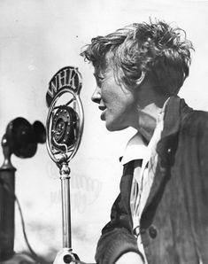 Amelia Earhart talking on radio station WHK