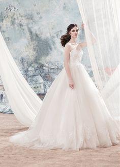 Papilio 2017 wedding dresses www.istoriesgamou.gr