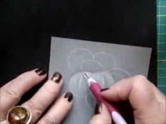 HOW TO SHADE A FLOWER IN PARCHMENT CRAFT
