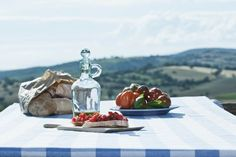 Tuscany combines delicious fresh flavours with breathtaking landscapes
