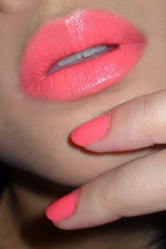 coral lips and nails