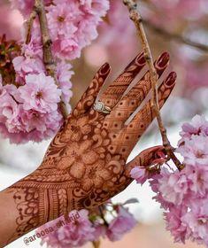 Latest Arabic Mehndi Designs, Modern Mehndi Designs, Mehndi Design Photos, Wedding Mehndi Designs, Dulhan Mehndi Designs, Mehndi Images, Mehandi Designs, Henna Mehndi, Mehndi Tattoo