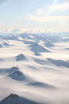 Ellesmere Island Ellesmere Island, Northern Canada, Pray For America, Northwest Territories, Visit Canada, The Great White, Wild Nature, What A Wonderful World, Winter Scenes